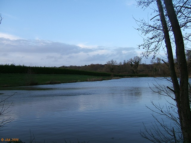 Smith's Lake, Bishops Green